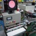キャップ印刷の不良品選別する画像検査機