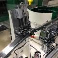 曲りやソリやバリ等の変形検査に威力を発揮する変形検査機